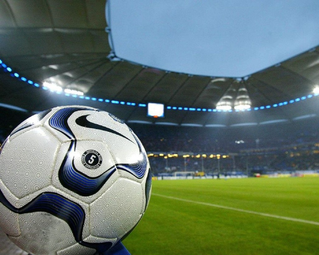 Features - soccer-for-desktop-background-13